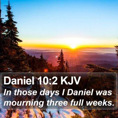 Daniel 10:2 KJV Bible Verse Image